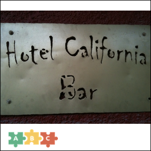 puzzle_hotel_california_bar