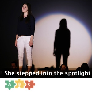 puzzle_spotlight_girl